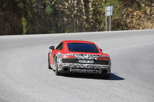 Audi R8 restyling, le foto spia (9)