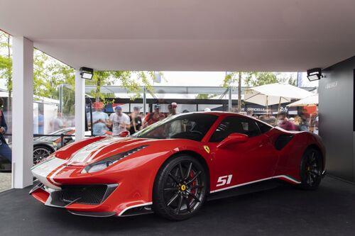 "Ferrari 488 Pista ""Piloti Ferrari"", dedicata a chi corre (9)"