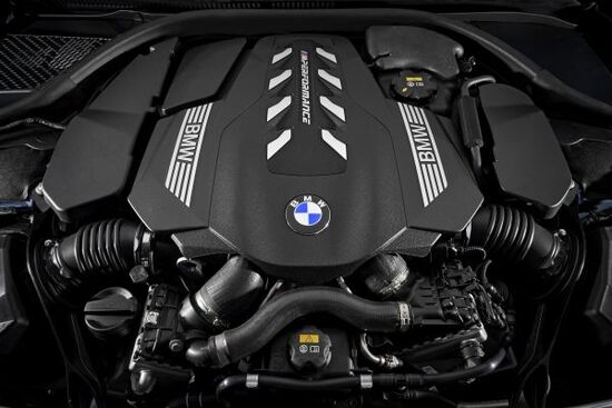 Il V8 benzina