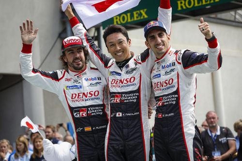 24 Ore di Le Mans, Doppietta Toyota: Alonso Nakajima e Buemi nella storia [video] (5)