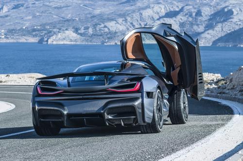 Porsche compra il 10% di Rimac (7)