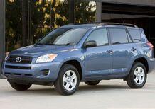 Cinture: Toyota richiama 3 milioni di RAV4