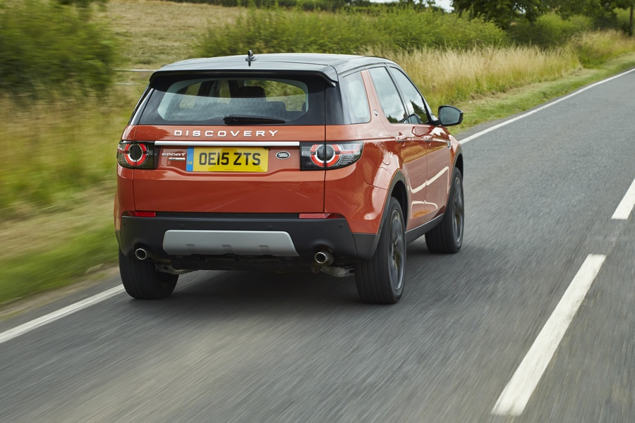 Land Rover Discovery Sport 2.0 Si4 200 CV AWD Auto R-Dynamic HSE (2)