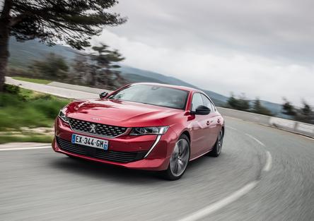 Peugeot 508 2018   la berlina che fa il verso alla coupé, non solo nel look [Video]