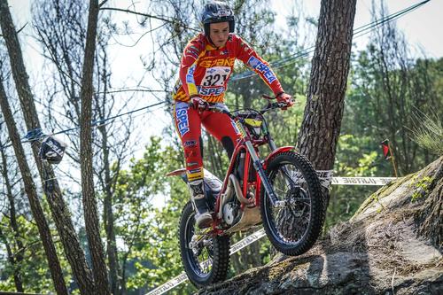 Trial Mondiale in Portogallo. Toni Bou sale a quota 100! (8)
