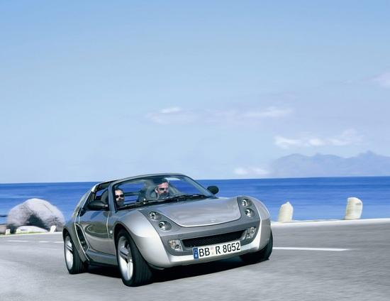 Accattivante ma poco fortunata: la smart roadster del 2003