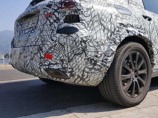 Il paraurti posteriore del nuovo Mercedes GLE 2019