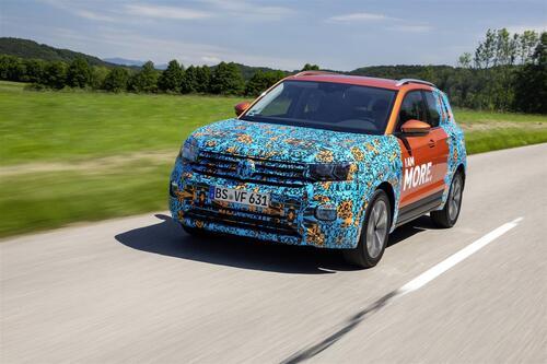 Volkswagen T-Cross, eccola (quasi) svelata (3)