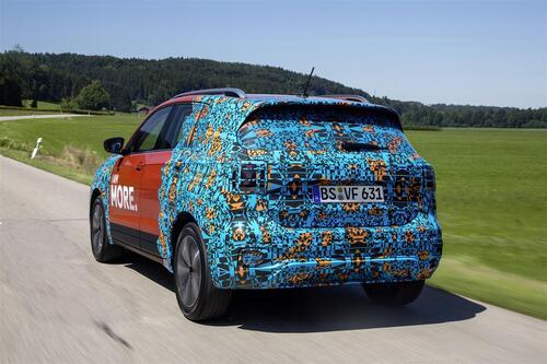 Volkswagen T-Cross, eccola (quasi) svelata (6)