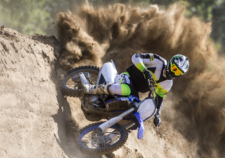 Yamaha YZ-F 2019: test delle nuove motocross!