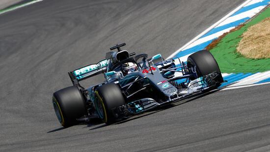 Impattato su un cordolo nella Q1, Hamilton ha accusato un problema idraulico alla power unit, a rischio rottura