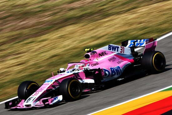 Esteban Ocon in azione in Germania