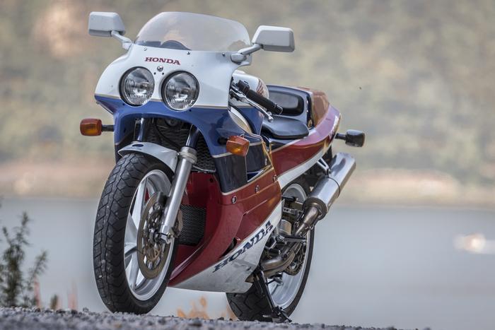 Honda RC30: una pietra miliare tra le sportive