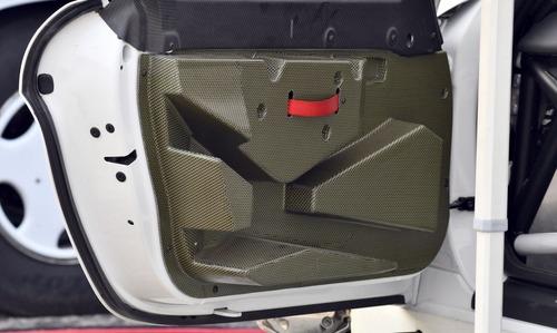 Porsche Cayman GT4 Clubsport Rally Concept, Cayman da rally (5)