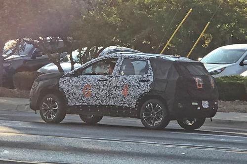 USA, Ecco il nuovo Crossover GMC che sfiderà Jeep Renegade (6)