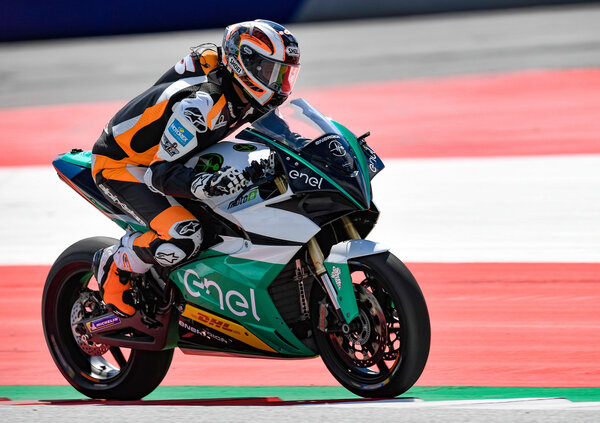 MotoE World Cup 2019: 12 i team per 18 piloti in griglia