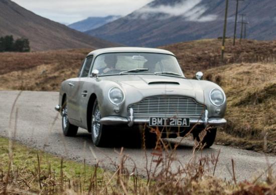 Aston Martin costruirà 25 DB5s 'Goldfinger' per 3,3 milioni di sterline