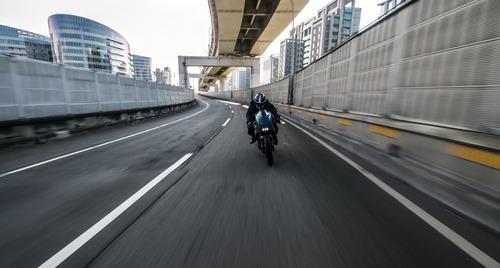 Ducati Monster 1200S The Indigo Flyer da Rough Crafts (6)