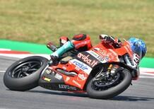 SBK - Melandri è il più veloce nella prima giornata di test a Portimao