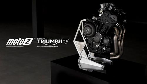 Triumph Moto2 a Silverstone con James Toseland (9)
