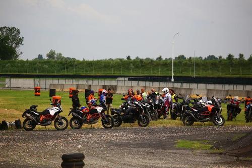 Maxi Enduro Camp: corso off road in sella alle bicilindriche con Fasola (4)