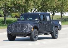 Jeep Scrambler, le foto spia
