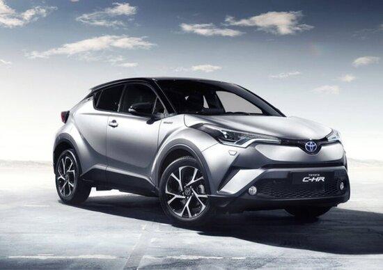 Maxi richiamo per un milione di auto Toyota: rischio incendio sulle ibride