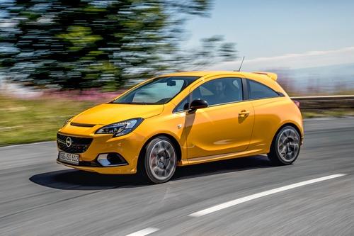 Opel Corsa GSi 2018, la piccola OPC ha 150 CV [Video ...
