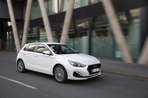 Hyundai i30, aggiornamenti estetici e nuovo motore diesel (4)