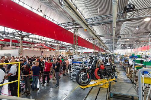 Grande successo per l'edizione 2018 di Moto Guzzi Open House (4)