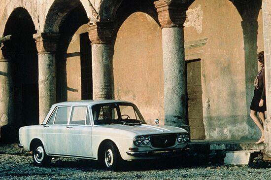 Lancia avvia la produzione della Flavia di seconda serie: nel 1969 la Casa passerà sotto l'ala di Fiat