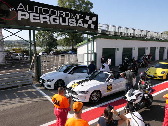 Il giro inaugurale del nuovo asfalto all'autodromo di Pergusa