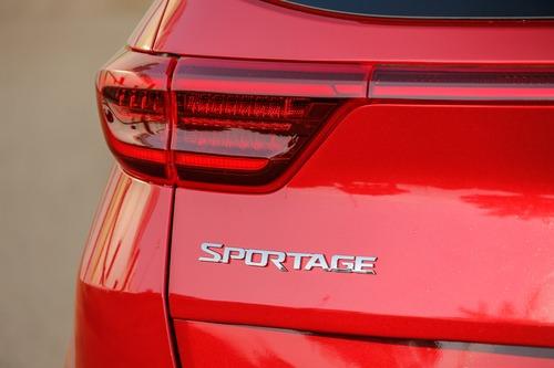 Nuovo Kia Sportage 2019, la prova del C-SUV simbolo della Casa [primo test] (7)