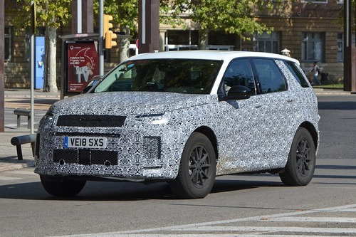 Land Rover Discovery Sport restyling, le foto spia (5)