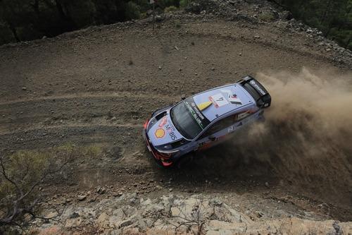 WRC18 Turchia. Duello di Pietre. Mikkelsen (Hyundai) il primo nome