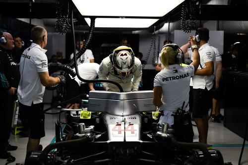F1, GP Singapore 2018: Hamilton, un giro da manuale (6)