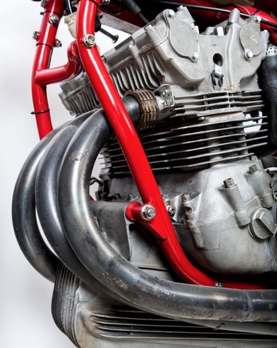 MV Agusta, all'asta la leggendaria 3 cilindri che corse nel 1973 (7)