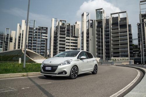 Peugeot 208 Signature, 1.200 esemplari per l'Italia