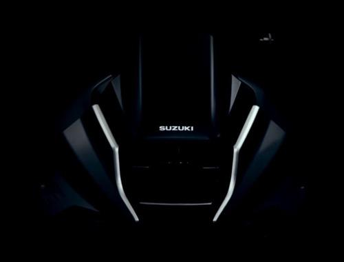 Suzuki 1000 Katana 2019: prime immagini dal Teaser  (6)