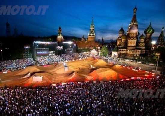 Red Bull X-Fighters World Tour all'ombra del Cremlino