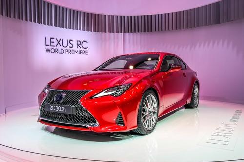 Lexus al Salone di Parigi 2018 (2)