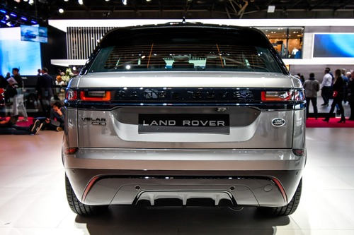 Land Rover al Salone di Parigi 2018 (5)