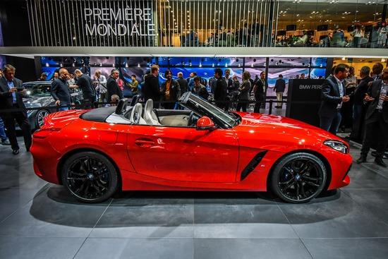 A Parigi debutta anche la terza generazione della BMW Z4. La piattaforma è in comune con la riedizione della Toyota Supra