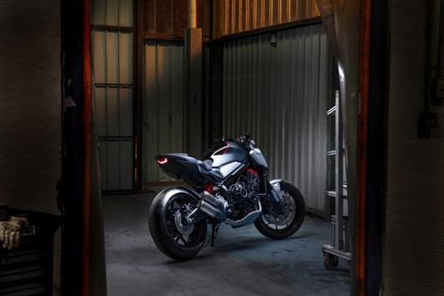 Honda Neo Sport Café 650 Concept. CB650R in arrivo. Nuovi colori per l'Africa Twin (4)