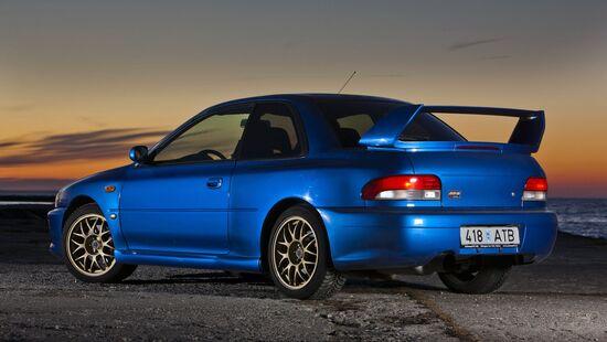 La Subaru Impreza 22B-STi, l'icona delle auto stradali giapponesi fine anni '90