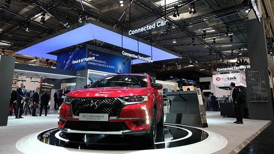 La DS 7 Crossback equipaggiata con il sistema CVMP sullo stand Huawei allo scorso Salone di Hannover