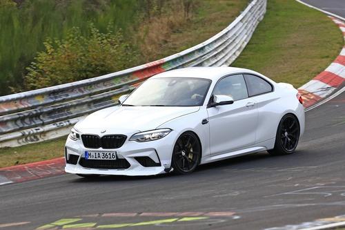 BMW M2 CS, ancora più cavalli per la M2? [Foto spia] (9)