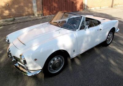 Giulia Spider d'epoca del 1963 a San Cesario sul Panaro