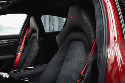 Porsche Panamera, arrivano le versioni GTS (5)