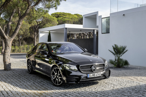 Mercedes-AMG E 43 4MATIC: la berlina da 401 CV (8)